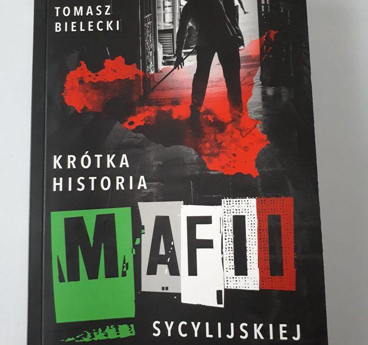 """""""Krótka historia mafii sycylijskiej"""" [RECENZJA + KONKURS]"""