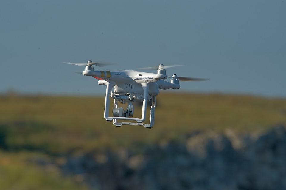 Gang przerzucił dronami, przez granicę, towar wart 80 mln USD