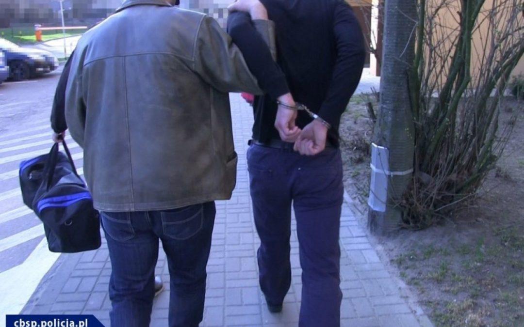 Gangsterzy z Warszawy i okolic odpowiedzą za handel narkotykami