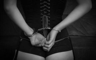 Sex-shop dostawcą kajdanek dla policji